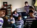 Клон чувака в полосатом свитере