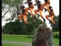 Клоны Наруто прыгают с камня